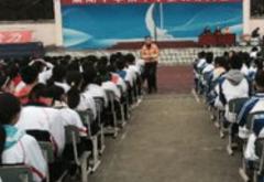 初中语文教师教学先进经验发言稿一路有梦3篇