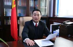 县委书记在县委十七届一次全会上的讲话